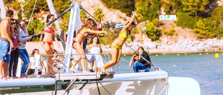 Despedidas de soltera barco Girona