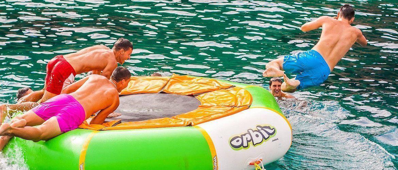 Fiestas en catamarán Girona